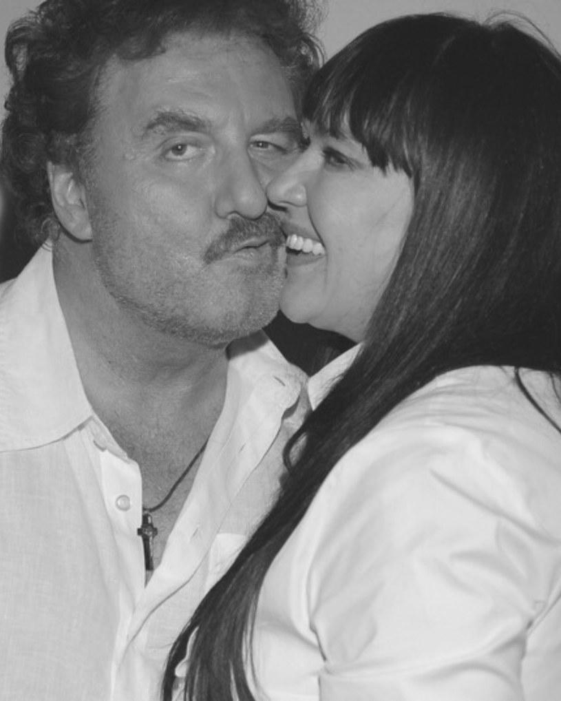Krzysztof Krawczyk z żoną /Andras Szialgyi /MWMedia