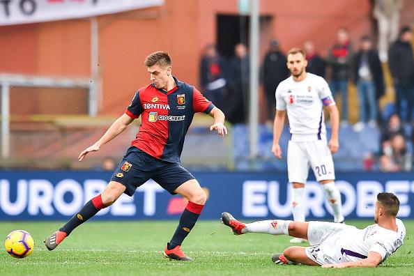 Krzysztof Piatek w meczu z Fiorentiną /Getty Images