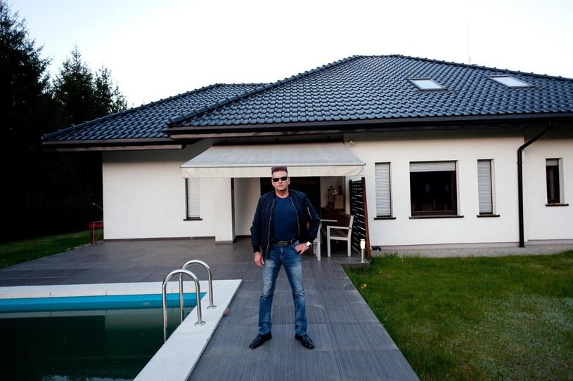 Krzysztof Rutkowski i jego dom /Cezary Pecold /East News