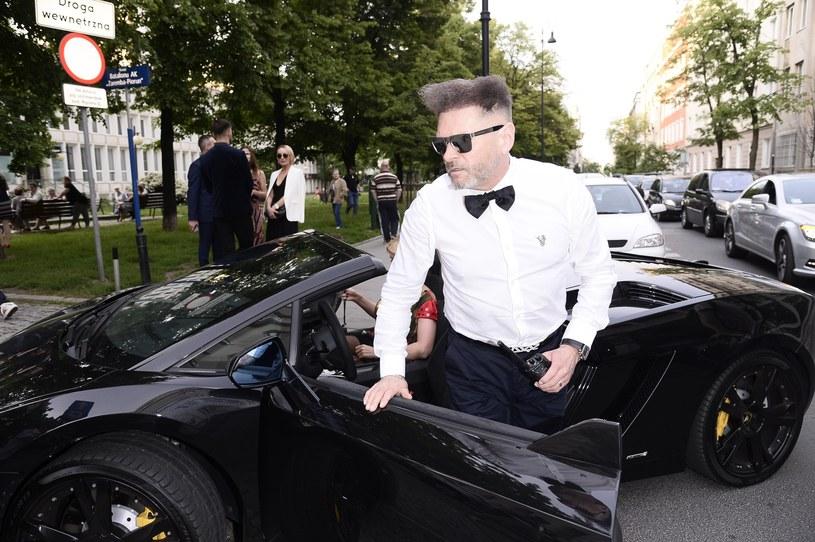 Krzysztof Rutkowski lubi mocne samochody /Tricolors /East News