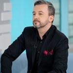 Krzysztof Skórzyński zapadł się pod ziemię po wybuchu afery. W TVN aż huczy od plotek!