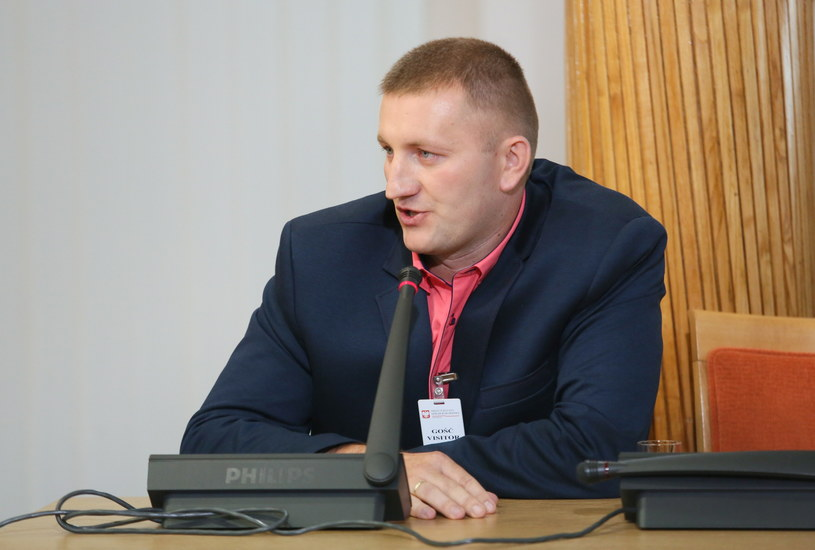 Krzysztof Śledziewski zeznaje przed komisją weryfikacyjną /Leszek Szymański /PAP