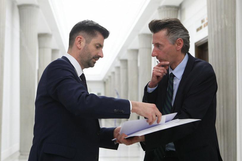Krzysztof Śmiszek i Maciej Gdula z Lewicy /Tomasz Jastrzębowski /Reporter