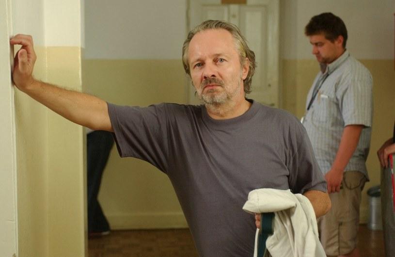 """Krzysztof Stroiński w """"Pitbullu"""" wcielił się w Metyla, inteligentnego policjanta i... alkoholika. /Agencja W. Impact"""
