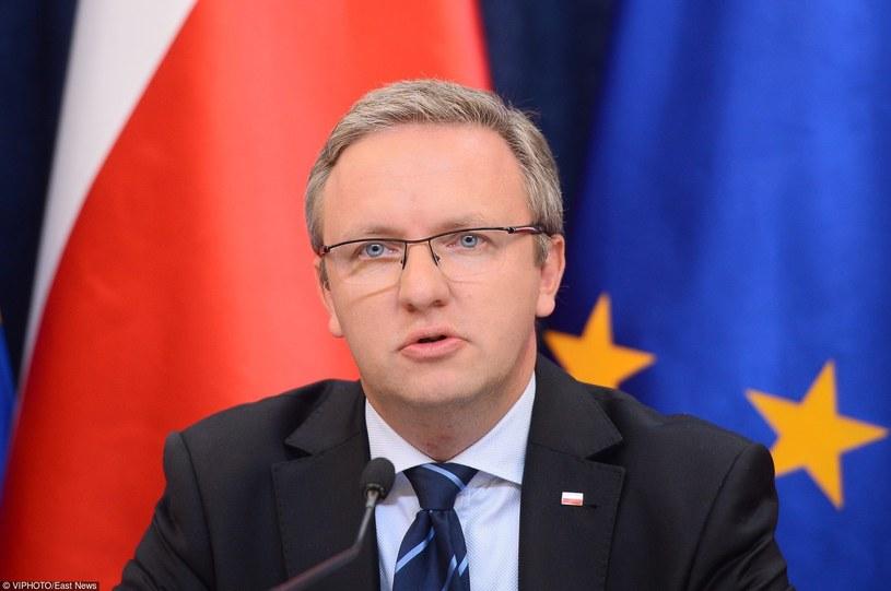 """Krzysztof Szczerski: """"Ustawa skłoni samorządy czy wręcz wymusi na samorządach większe inwestycje"""" /VIP PHOTO /East News"""