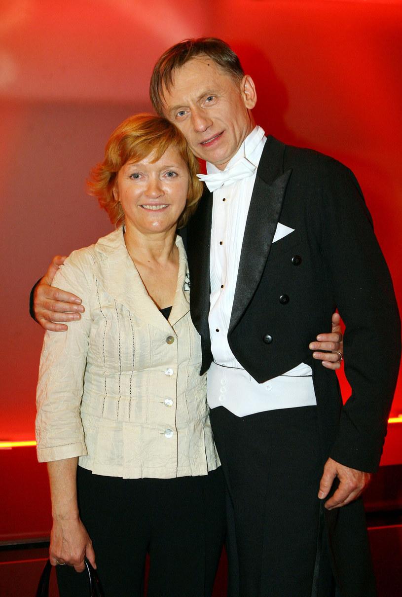 Krzysztof Tyniec z żoną /Piotr Fotek /East News