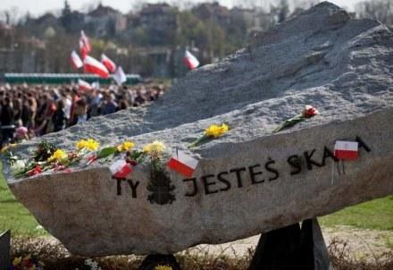 Krzyż usunęły z Błoń służby miejskie/REPORTER/fot. M. Stanisławski /Agencja SE/East News