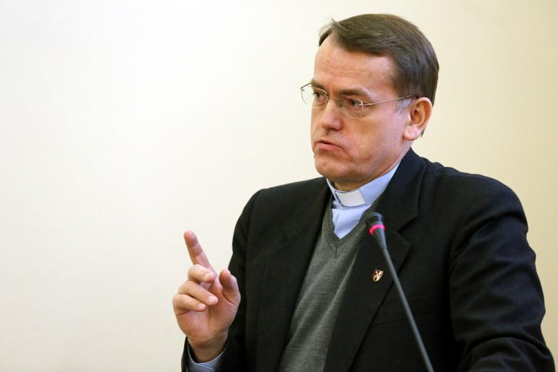 Ks. Dariusz Oko /Tomasz Gzell /PAP