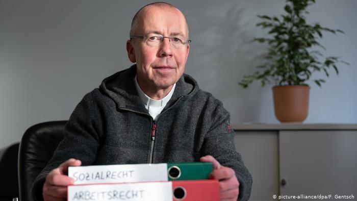 Ks. Peter Kossen. Fot. F. Gentsch picture-alliance dpa /Deutsche Welle