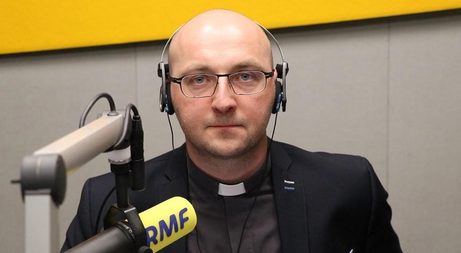 Ks. Piotr Studnicki /Karolina Bereza /RMF FM