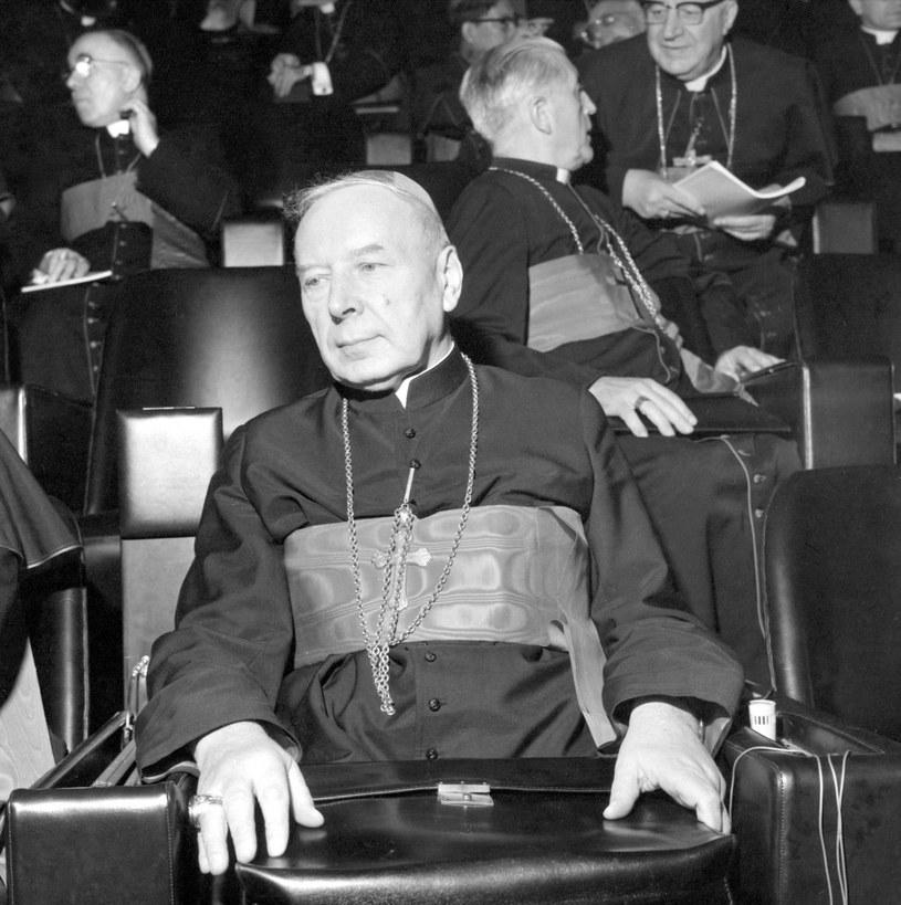 Ks. Stefan Wyszyński pomagał w Laskach w czasie powstania warszawskiego /Wojtek Laski /East News