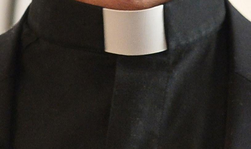 Ksiądz Roman B. molestował seksualnie 13-letnią dziewczynkę (zdjęcie ilustracyjne) /AFP