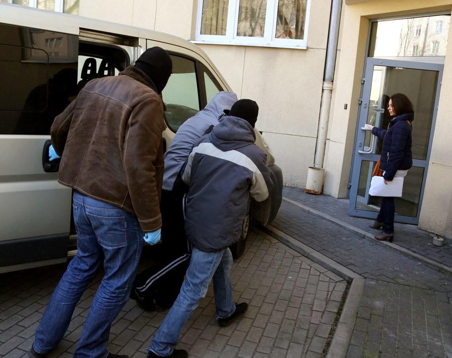 Ksiądz Wojciech G. od lutego przebywa w areszcie /Tomasz Gzell /PAP