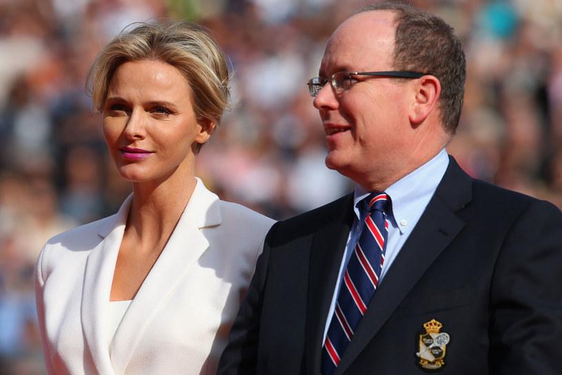 Książę Albert II i jego małżonka Charlene /Getty Images