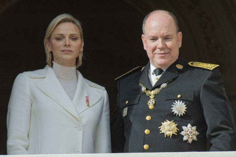 Książę Albert przyznał, że dementowaniem plotek o kryzysie w swoim małżeństwie powinien był zająć się wcześniej /Piovanotto Marco/ABACA /East News