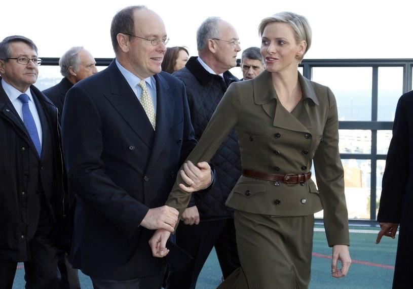 Książę Albert z żoną /AFP