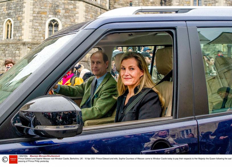 Książę Edward z żoną Sophie odwiedzający królową /Maureen McLean /East News