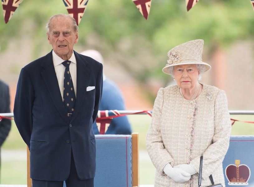 Książę Filip i królowa Elżbieta II /Samir Hussein /Getty Images