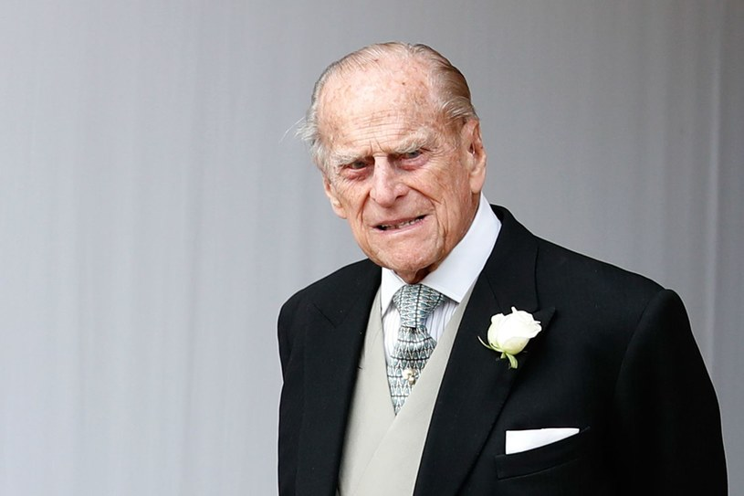 Książę Filip po czterech tygodniach wyszedł ze szpitala /ALASTAIR GRANT /AFP