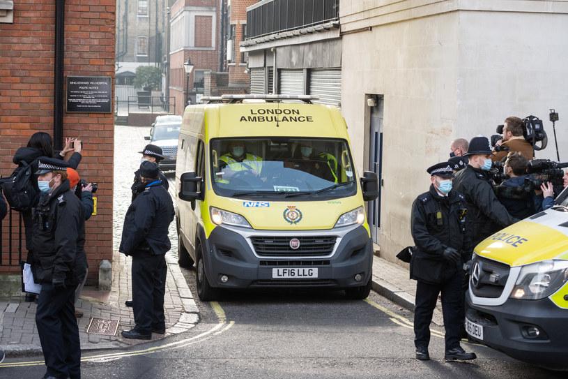 Książę Filip został przewieziony do innego szpitala /Samir Hussein /Getty Images