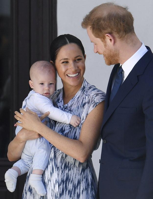 Książę Harry i księżna Meghan z Archiem /TOBY MELVILLE / POOL /PAP/EPA