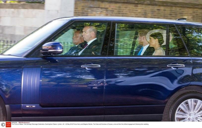 Książę Harry i Meghan na nieoficjalnym zdjęciu /REX/Shutterstock /East News