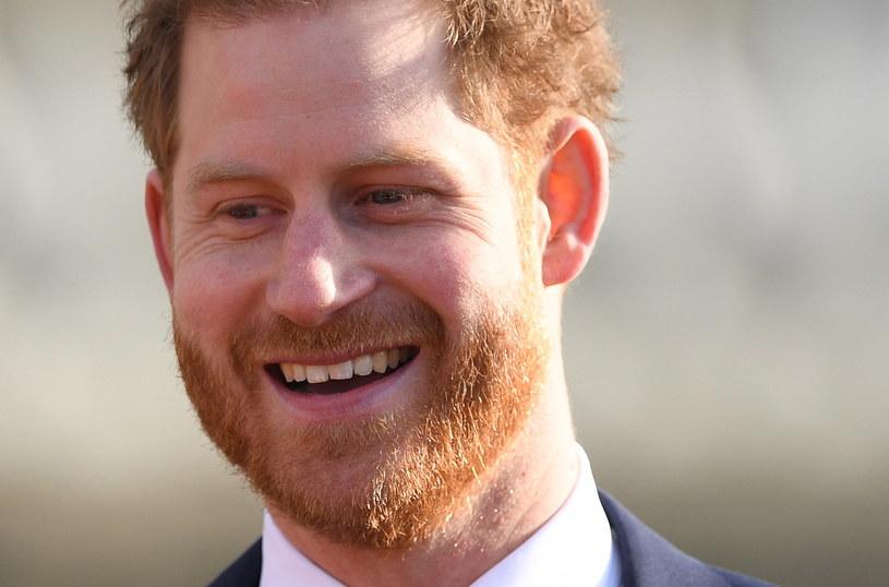 Książę Harry po raz pierwszy od początku kryzysu pojawił się publicznie /PAP/EPA