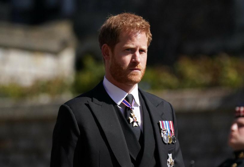 Książę Harry przyleciał do Wielkiej Brytanii na pogrzeb dziadka /Victoria Jones/Press Association /East News