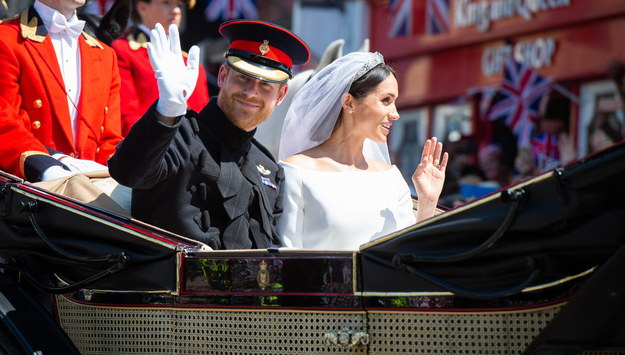Książę Harry z małżonką /DONALD C TODD / BRITISH MINISTRY OF DEFENCE / HANDOUT /PAP/EPA