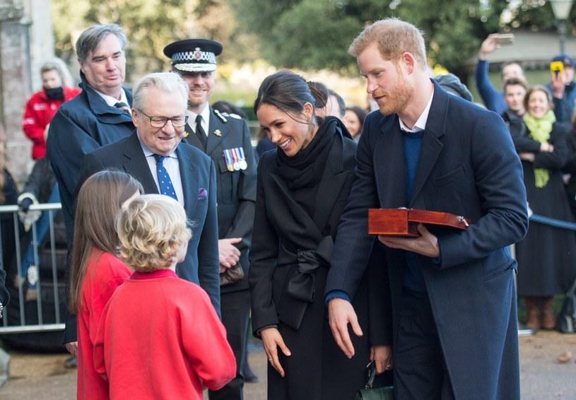 Książę Harry z narzeczoną Meghan Markle /Splash News /East News