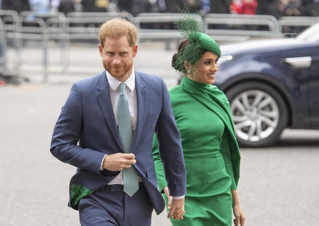 Książę Harry z żoną  Meghan Markle na zdjęciu z marca 2020 roku /Anwar Hussein /PAP/EPA
