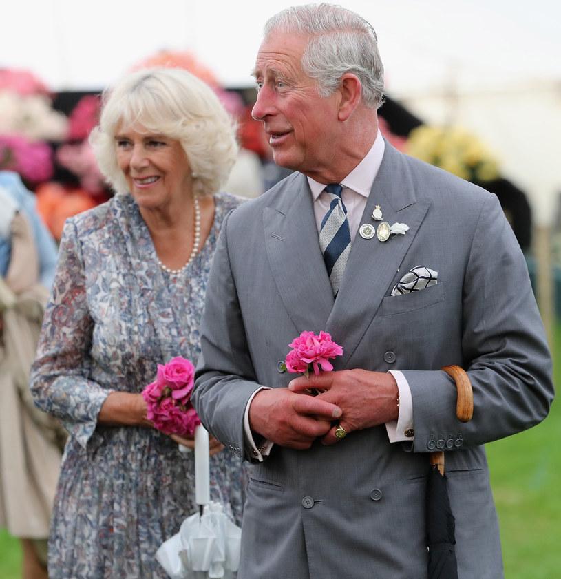 Książę Karol i Camilla Parker - Bowles /East News