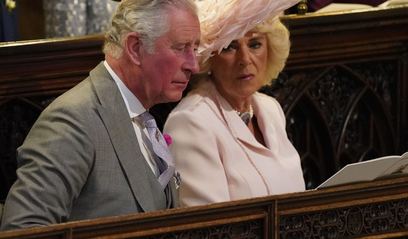 Książę Karol i księżna Camilla tworzą obecnie małżeństwo, ale ich droga do niego była niezwykle kręta /WPA Pool /Getty Images