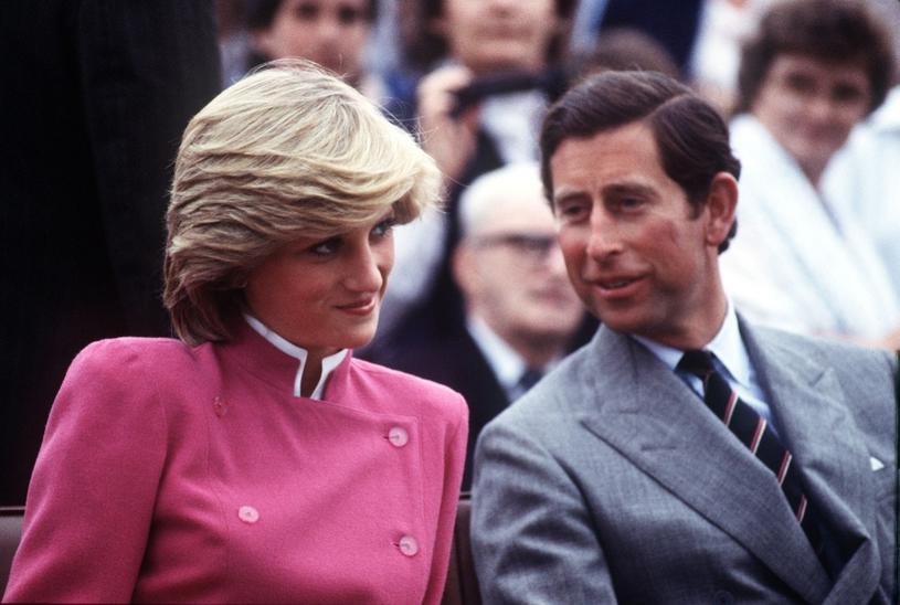Książę Karol i księżna Diana. Ponoć powodem ich rozstania też była orientacja Karola. /East News