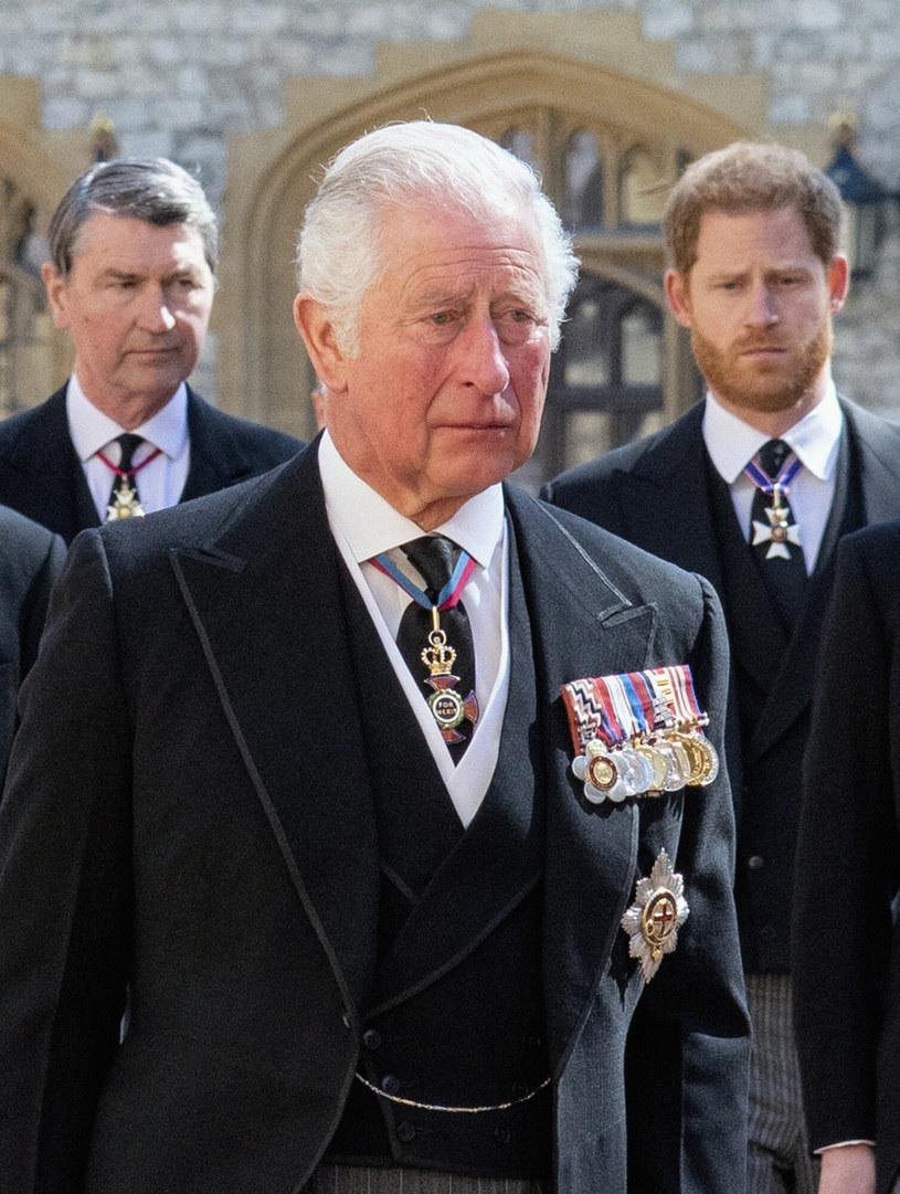 Książę Karol niezwykle przeżywa śmierć ojca oraz problemy rodzinne /Pool / i-Images/i-images /East News