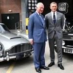 Książę Karol odwiedził plan nowego filmu o Jamesie Bondzie