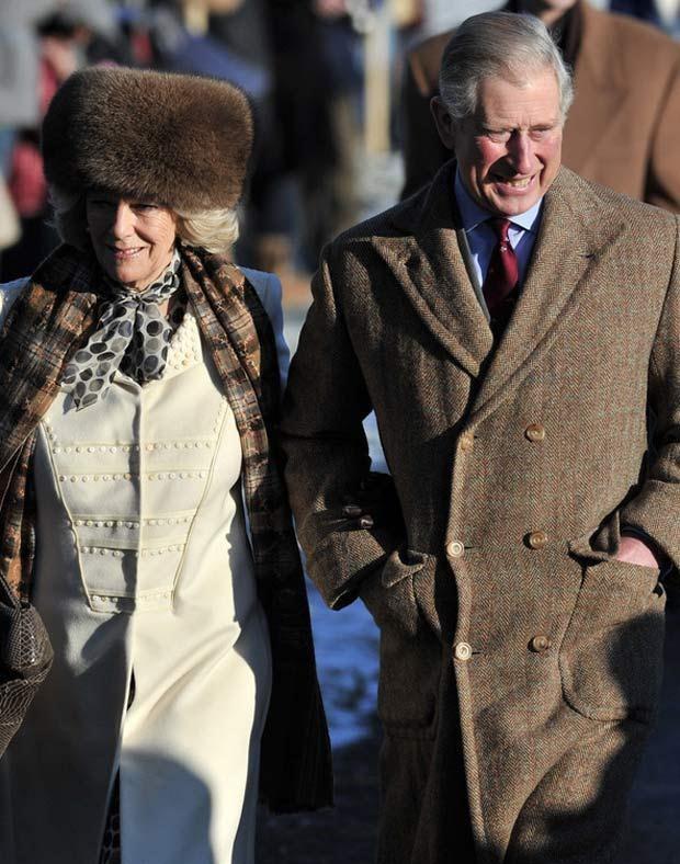 Książę Karol z Kamilą  /AFP
