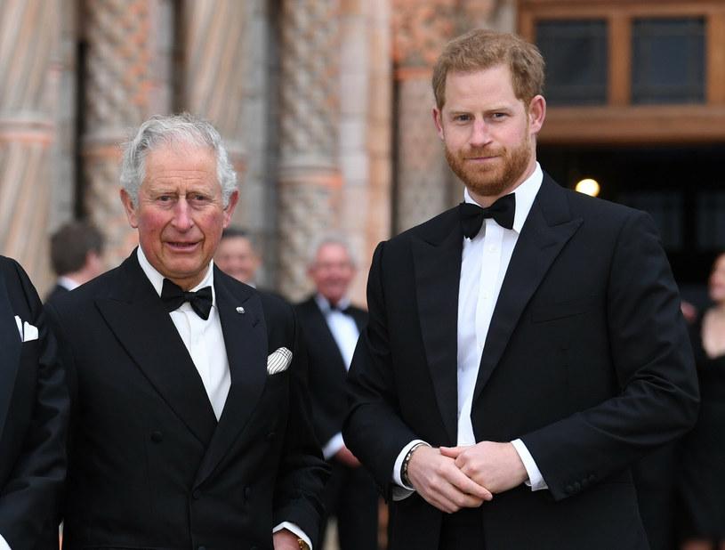 Książę Karol z ojcem na zdjęciu w  2019 roku /Doug Peters/EMPICS Entertainment/Press Association /East News