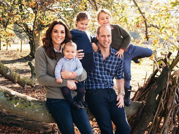 Książę William i księżna Kate wraz z dziećmi: Jerzym, Charlotte i Louisem /MATT PORTEOUS /PAP/EPA