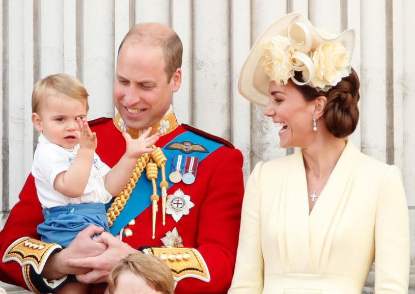 Książę William i księżna Kate z księciem Louisem /Max Mumby/Indigo /Getty Images