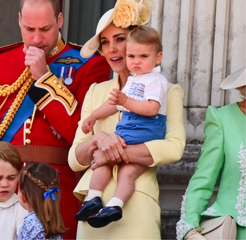 Książę William, księżna Kate i książę Louis /James Devaney /Getty Images
