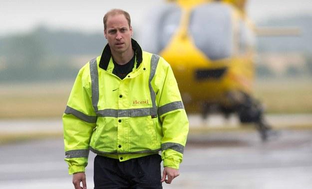 """Książę William skończył służbę w lotniczym pogotowiu. """"Odwieszając kombinezon pilota, jestem dumny"""""""
