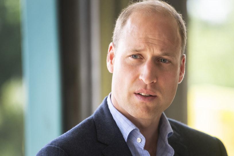 Książę William w centrum karetek rozmawiał z ratownikami medycznymi /WPA Pool /Getty Images