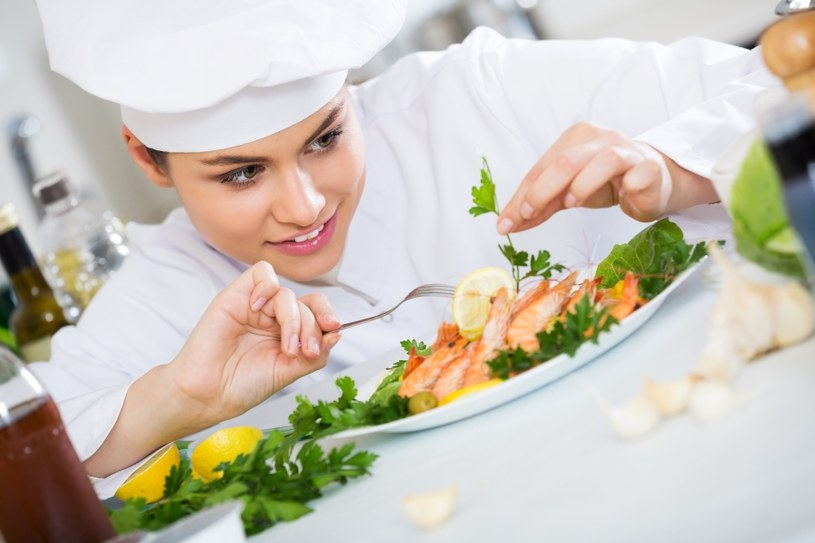 Książeczkę muszą mieć kucharze /©123RF/PICSEL