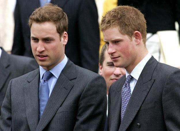 Książęta William i Harry /AFP