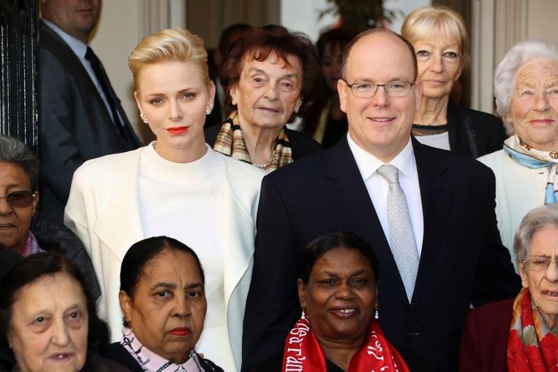 Księżna Charlene i książę Albert II /East News
