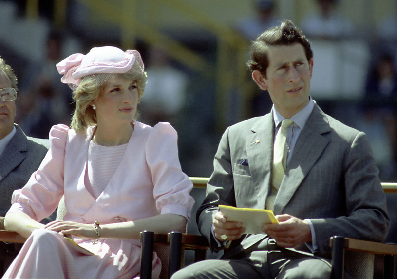 Księżna Diana i książę Karol /Patrick Riviere /Getty Images