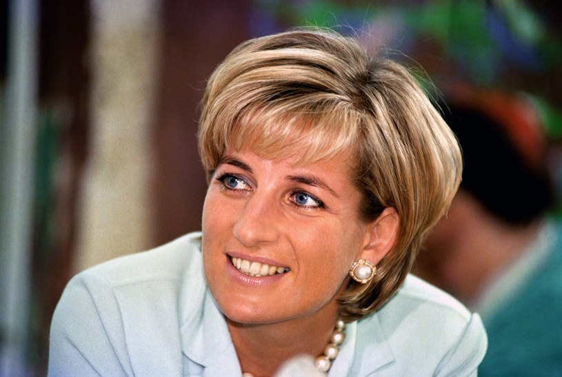 Księżna Diana jest do dziś inspiracją dla wielu kobiet /PRESS ASSOCIATION    /East News