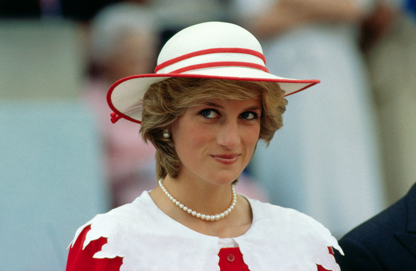 Księżna Diana opuściła pałac Buckingham po latach spędzonych w nieudanym małżeństwie /Bettmann /Getty Images