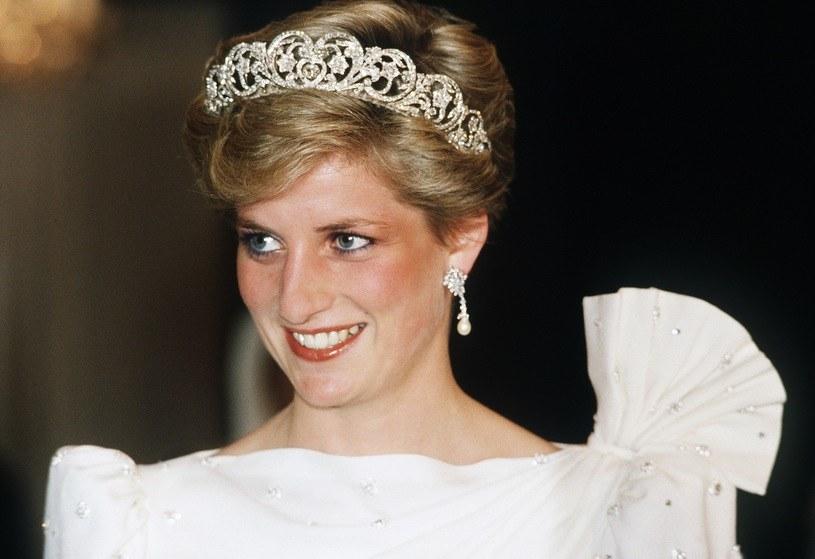 Księżna Diana poznała księcia Karola w swojej rodzinne posiadłości, spotykał się z jej siostrą /Getty Images
